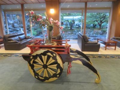 伊東温泉の「伊東園ホテル松川館」に宿泊して温泉と食事を楽しむ