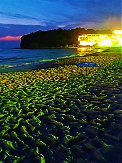 南紀白浜29 白良浜・夕~宵 陽が落ちて-誰もいない海/浜辺で ☆美浜荘~300m/夕食後も