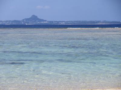 9月の沖縄 むら咲むらと瀬底ビーチ