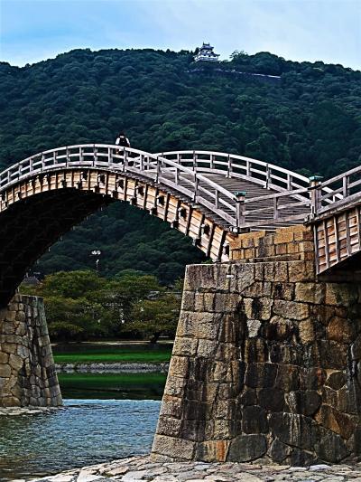 山口/岩国-2 錦帯橋 a 五連の木造アーチ橋 全長193.3m ☆橋脚の石垣-創建当時から