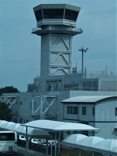 広島空港 JAL260便 15:35 座席22A-変更 ☆展示Corner展望Deckー搭乗機出迎え