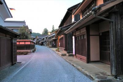 備中高梁駅前の山田方谷像と夕暮れの吹屋ふるさと村散策
