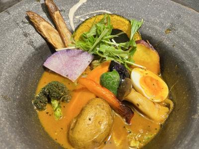 開陽亭の海鮮、奥芝商店のスープカレー