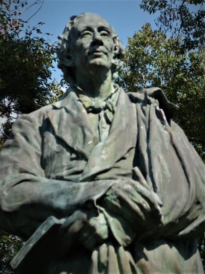 ふなばしアンデルセン公園-4 アンデルセン記念碑・ブロンズ像 ☆デンマークの古農家‐再現