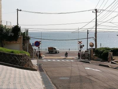 まだ見ぬハワイっぽい景色を求めてバイクで湘南を走る