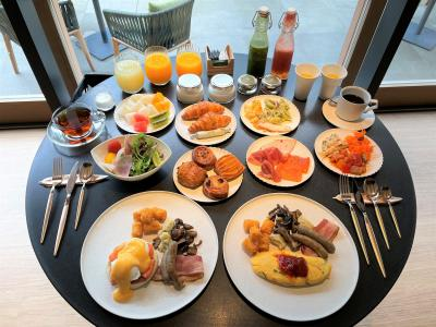 『ROKU KYOTO, LXR Hotels & Resorts』宿泊記③ヒルトンのダイヤモンド特典で無料!【TENJIN】の朝食ブッフェ
