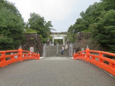 甲府の武田神社境内を散策・参拝しました