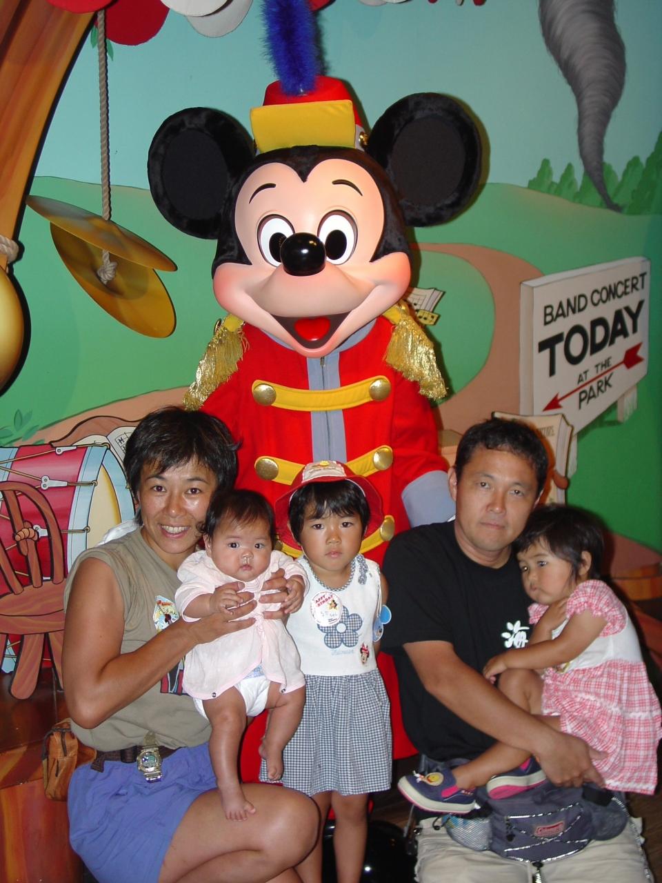 2004_0719-0723 彩智の初めてのディズニー』東京ディズニーリゾート
