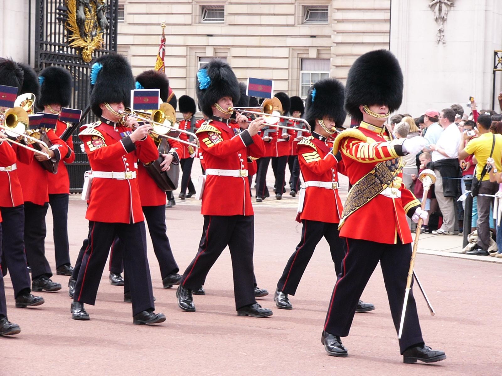 ロンドン(London) その2:バッキンガム宮殿の衛兵交代