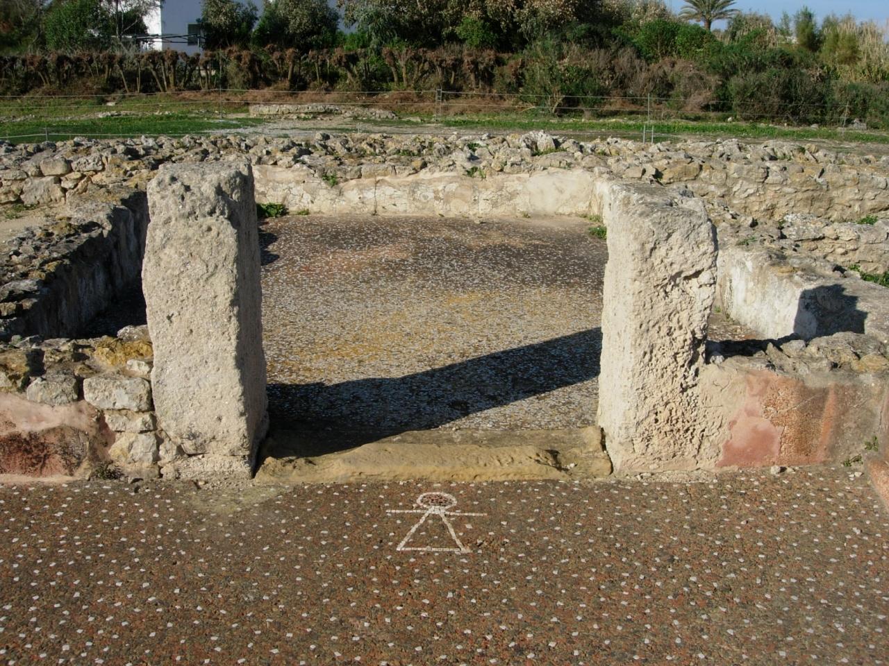 紀元前6世紀の職人&商人の町、古代ポエニ遺跡はちょつぴり小さい ...