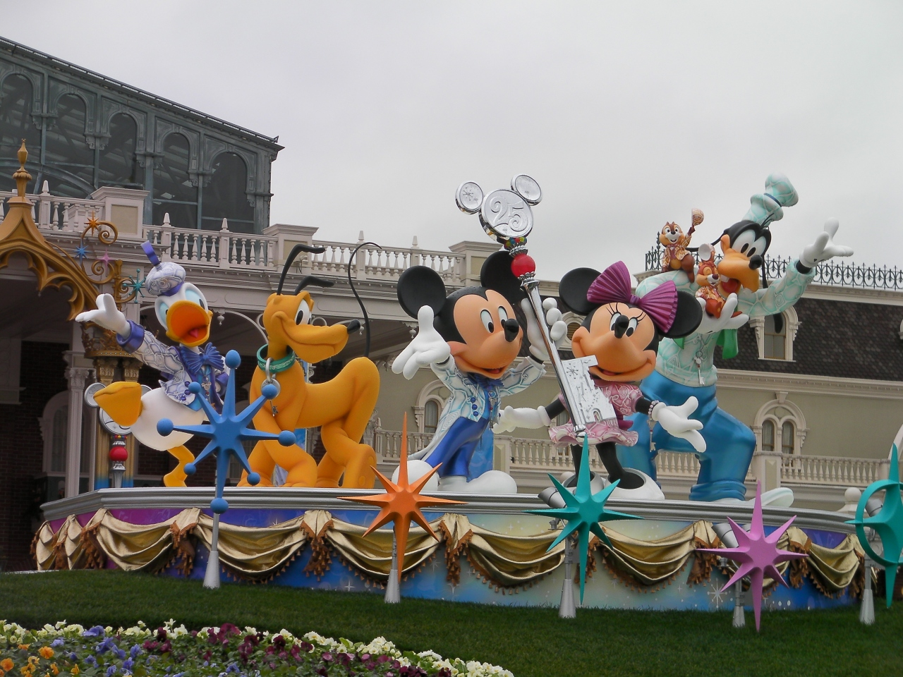 女3人☆ディズニーリゾートへGO♪』千葉県の旅行記・ブログ by