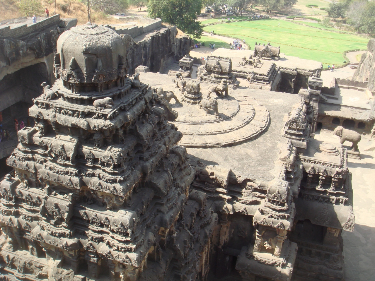 アジャンター 石窟 寺院