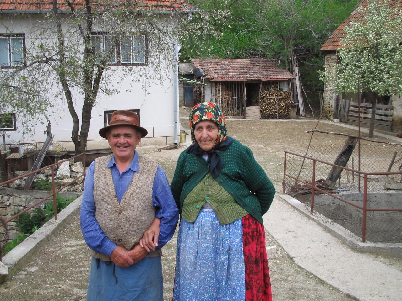ルーマニアの復活祭・フレスコ画に出会う旅