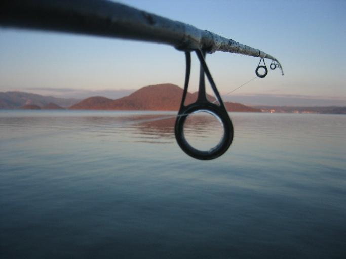 『道南釣りの旅-2009-/解禁日の洞爺湖で遊ぶ』洞爺(とうや)湖 ...