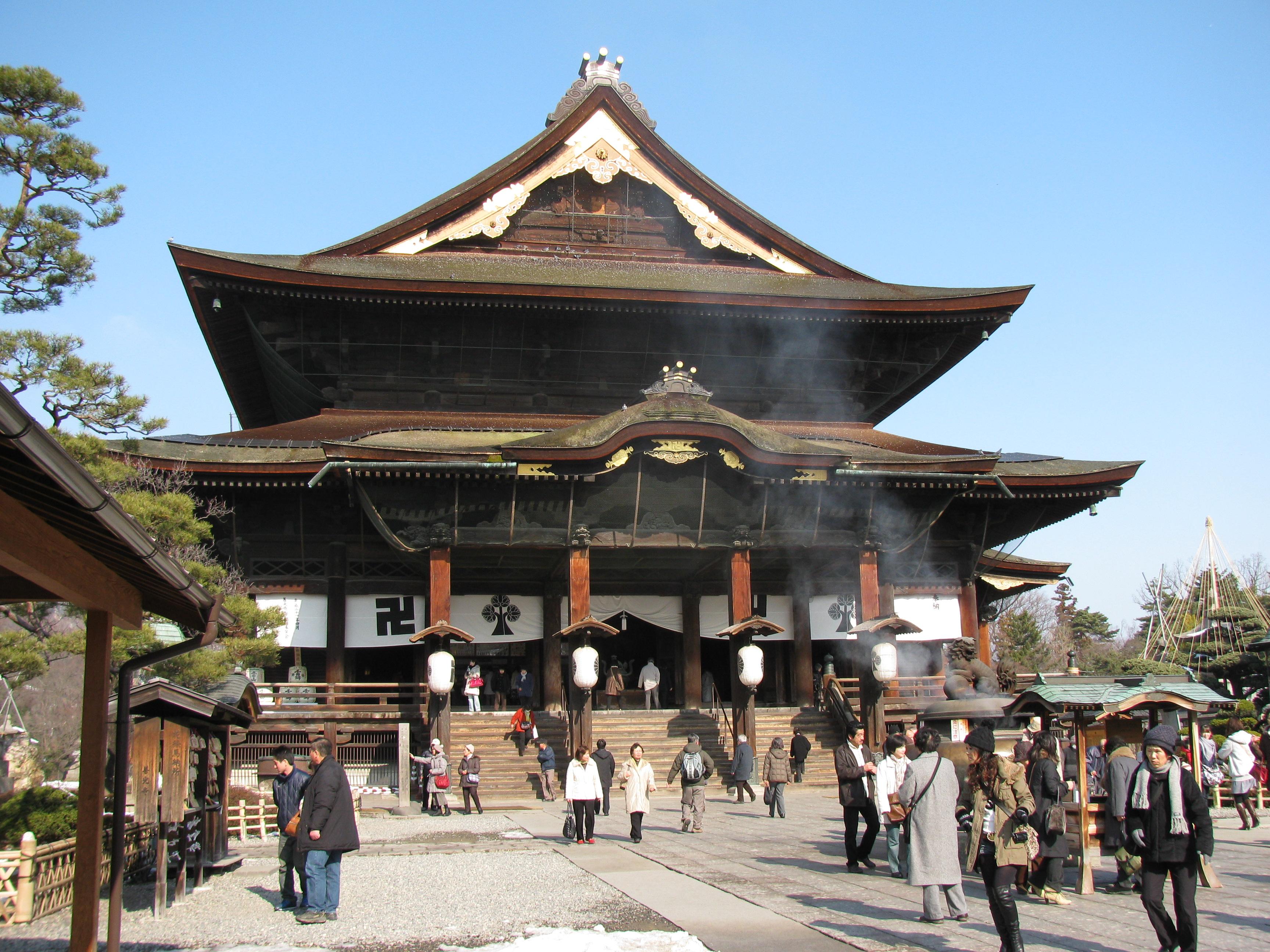 信州の2大名所・善光寺と松本城を巡る・1