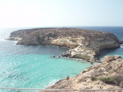 イタリア最南端・秘境「ランペドゥーサ島」はシチリア島よりもアフリカ大陸に近い島。