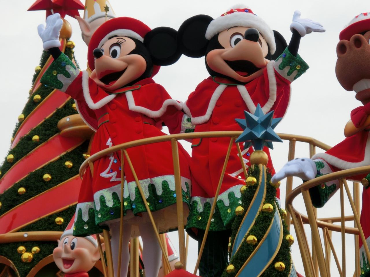 2011年・2歳4ヶ月の娘と行くディズニーランド☆クリスマス