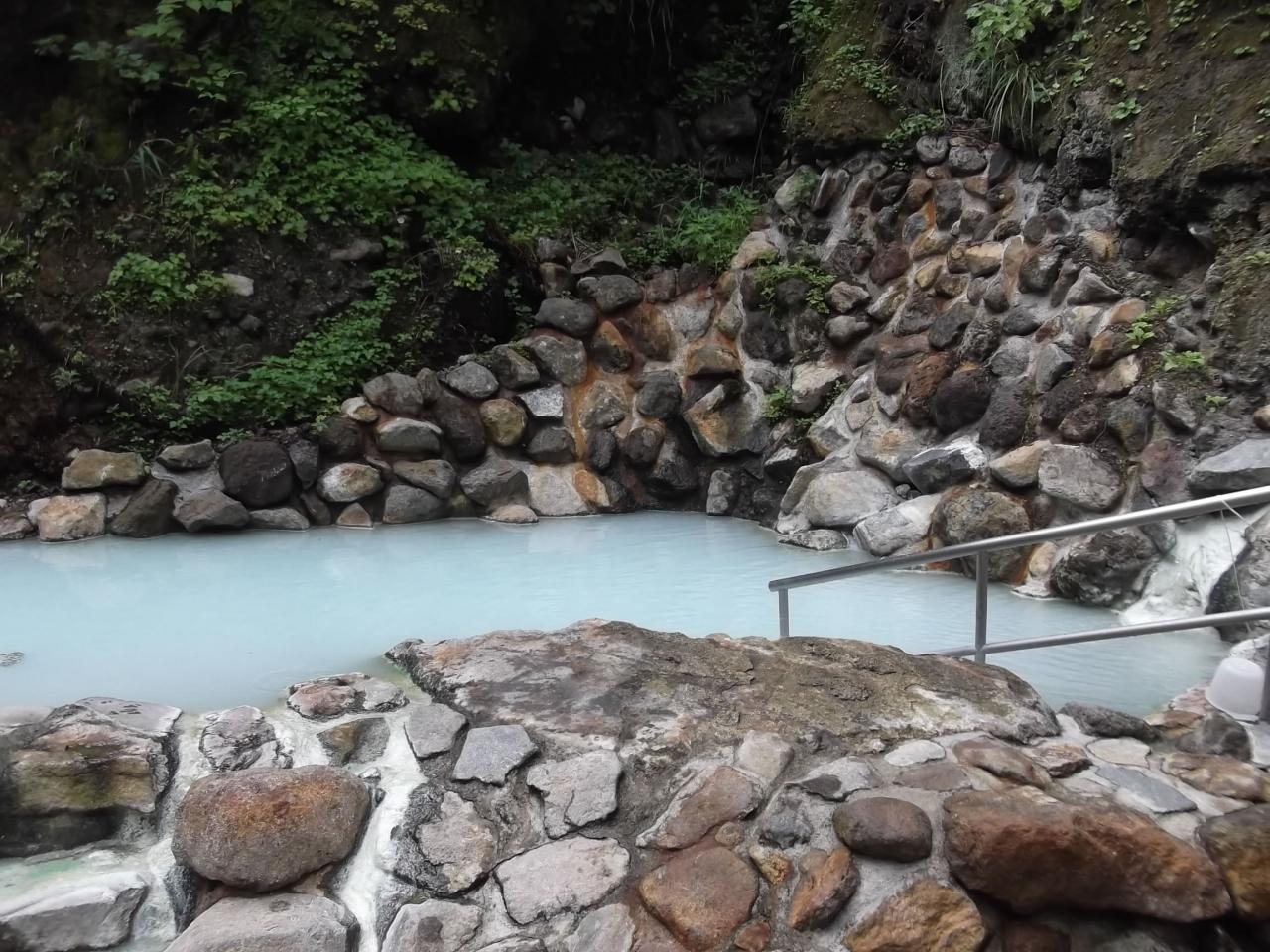 の 河原 湯 温泉 燕