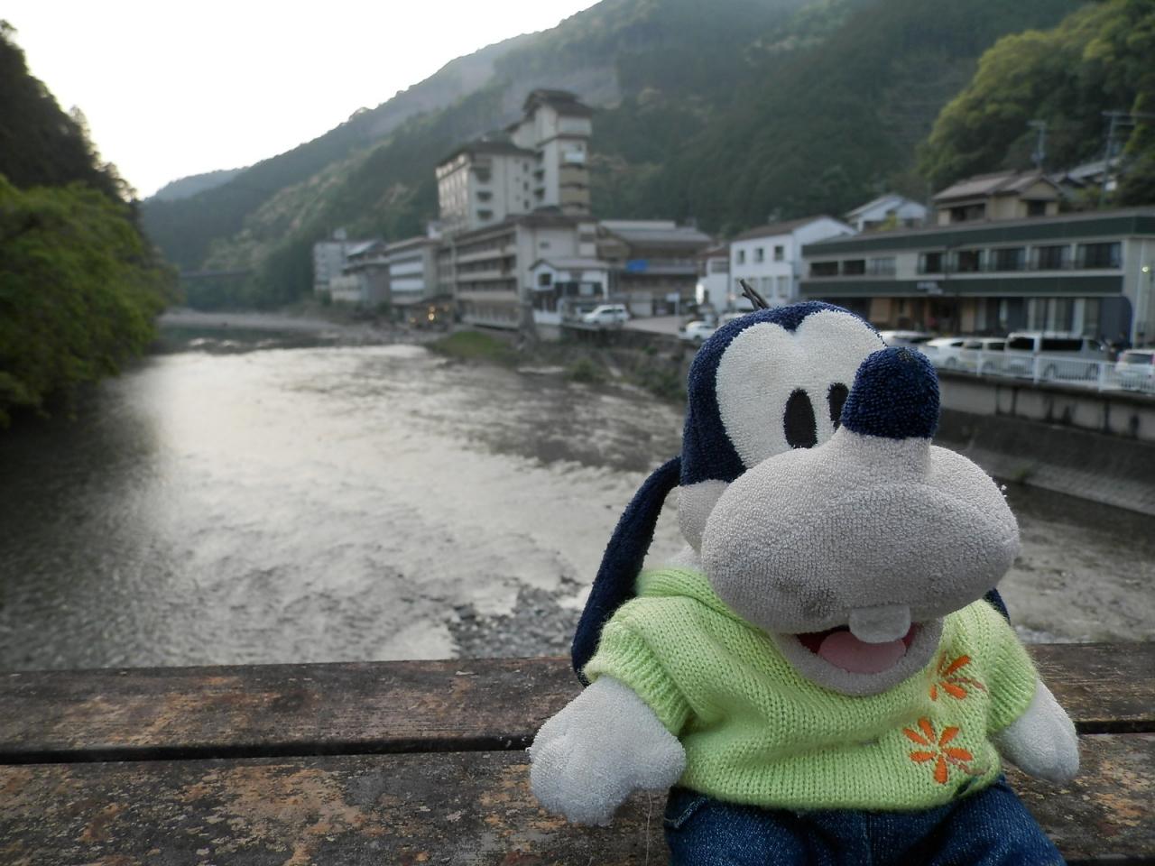 グーちゃん、GWに熊野古道を歩く!(川湯温泉は温泉天国なの!編)