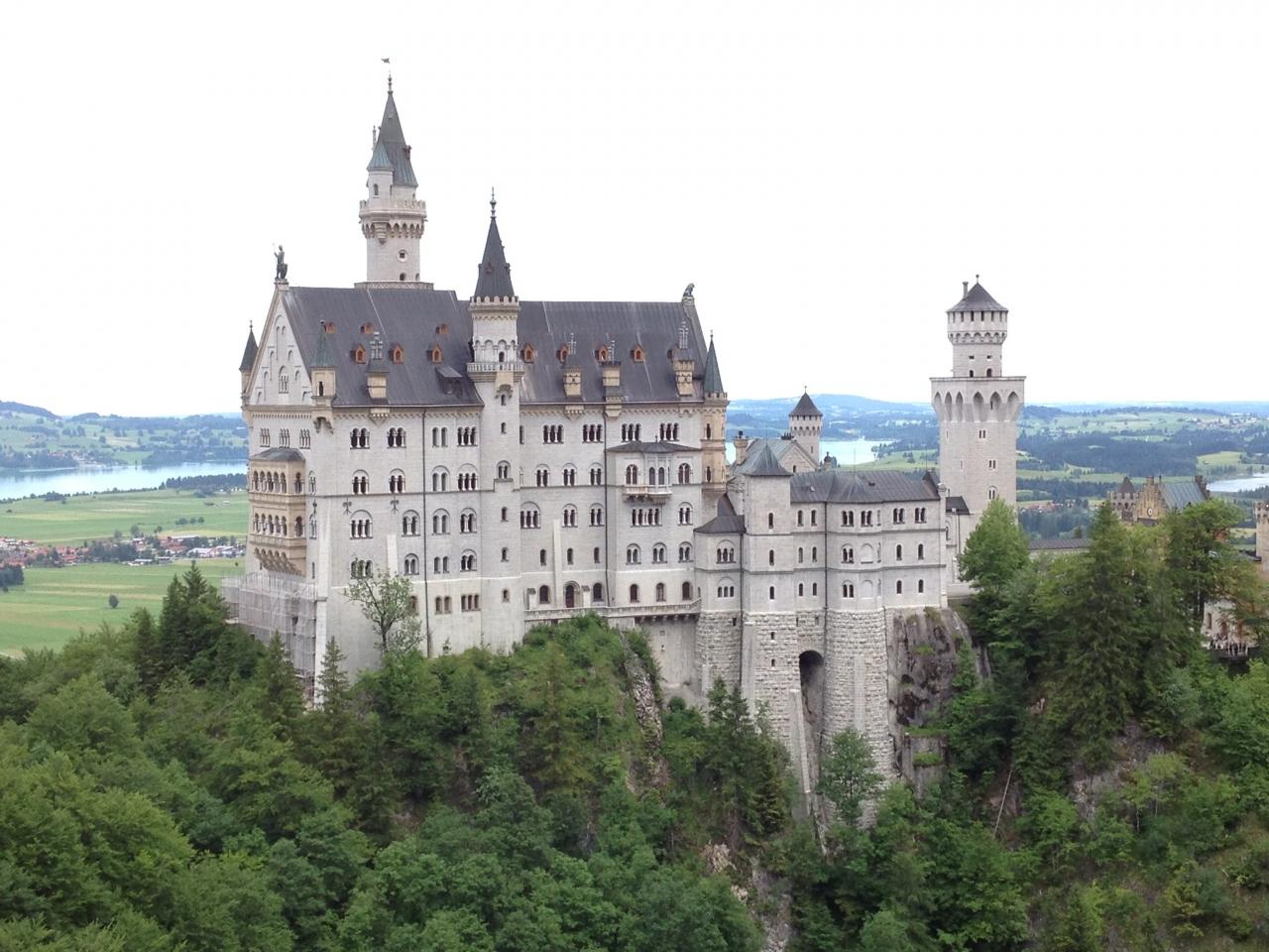 ドイツ城めぐりの旅 ノイシュヴ...