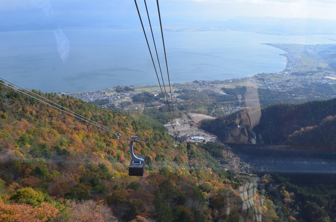 スキー場の琵琶湖バレイから紅葉が見れるということではじめて行きました