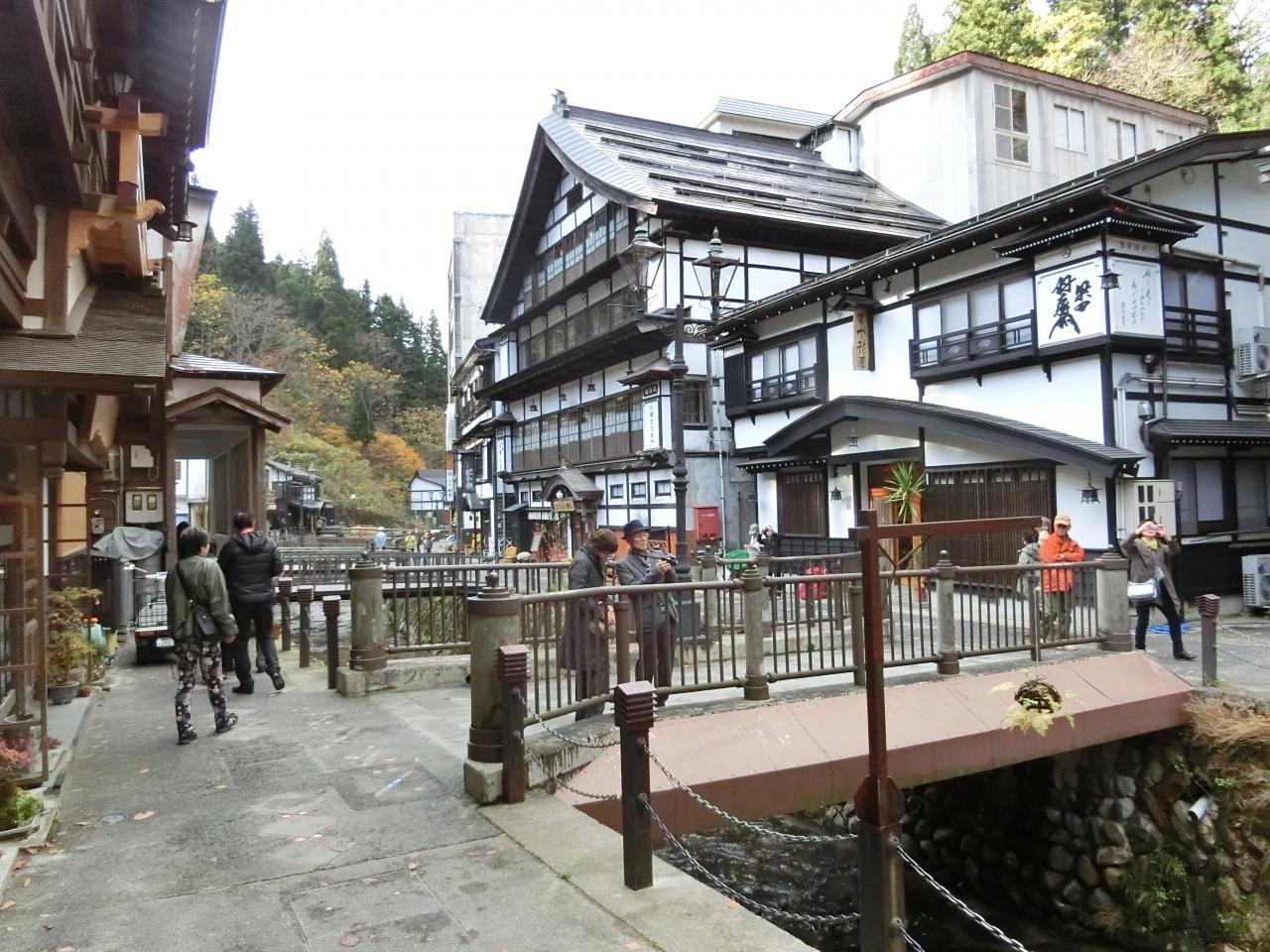 1泊新幹線+バスツアーで紅葉観光(銀山温泉編)1