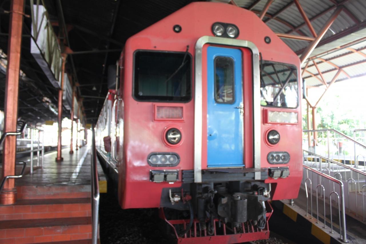 ジャカルタ 空港 鉄道
