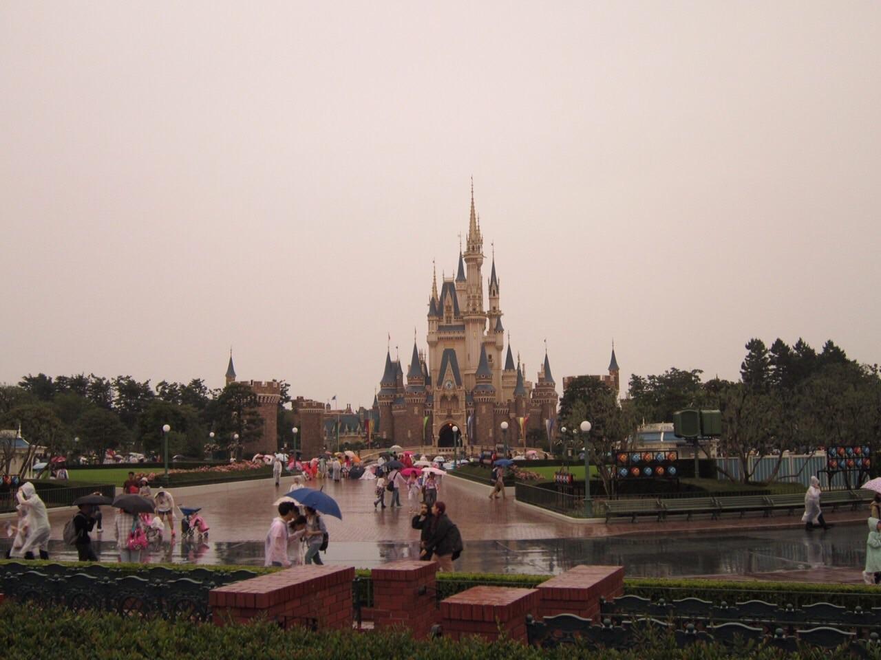雨のディズニーランド』東京ディズニーリゾート(千葉県)の旅行記・ブログ