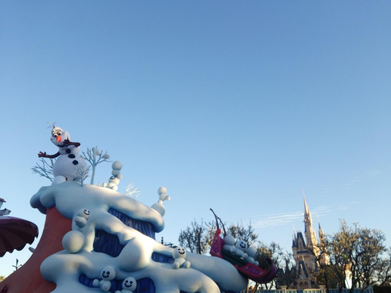 東京ディズニーランド。フローズンファンタジー「みんなのためなら溶けて