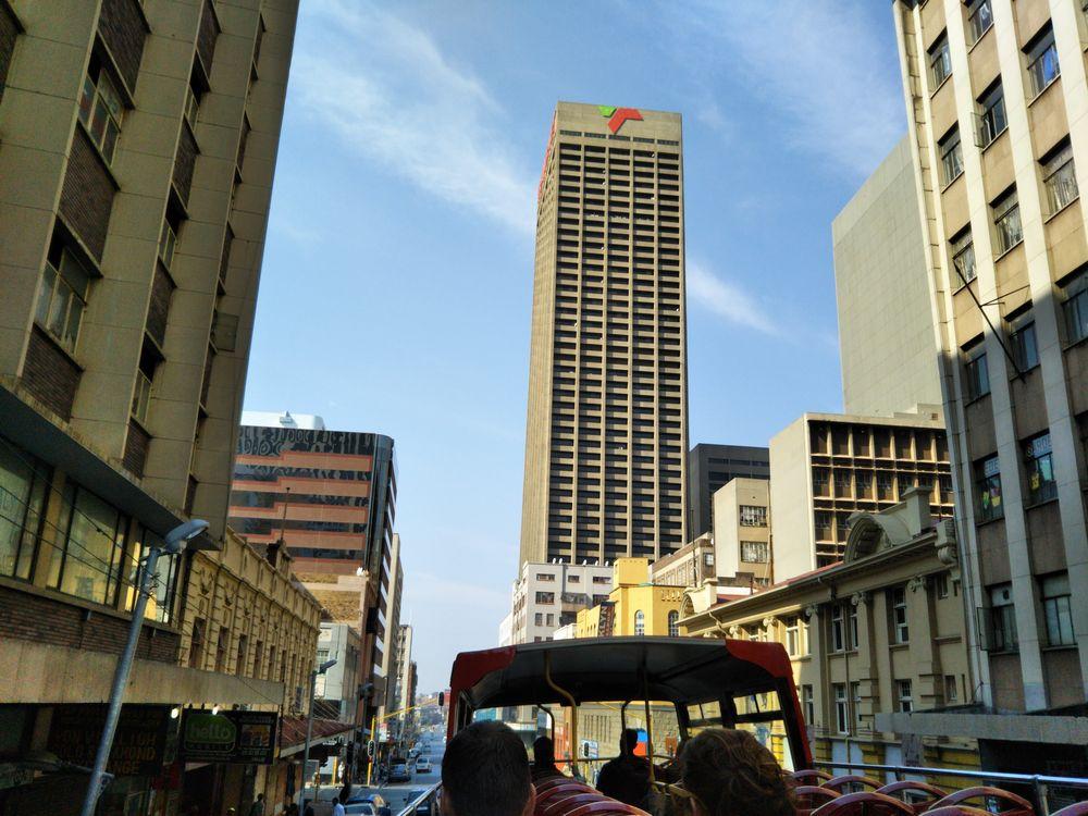 弾丸南アフリカ1609 「世界で最も治安の悪い犯罪都市を、観光バスで一 ...