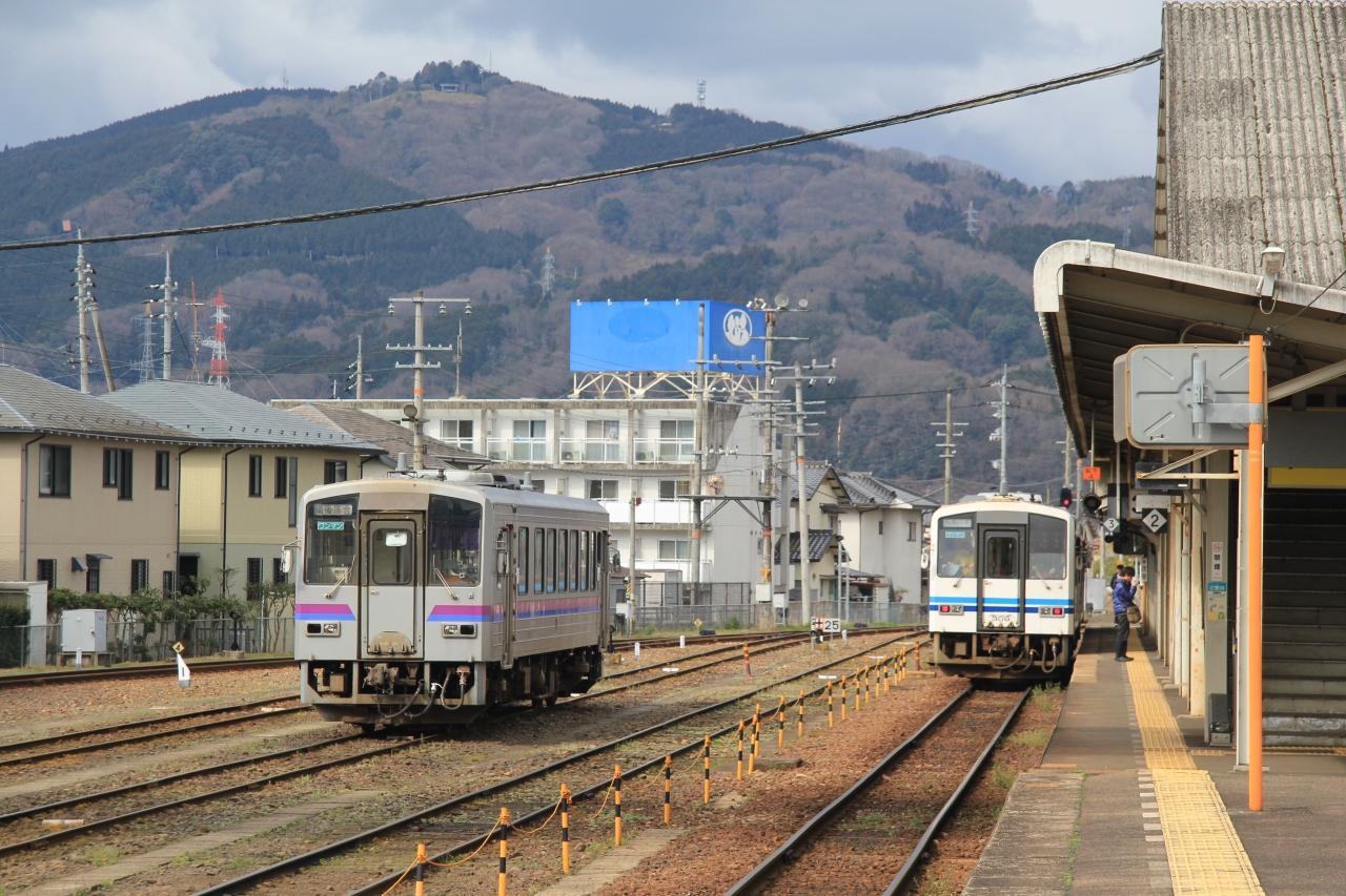 芸備線、三江線普通列車で広島か...