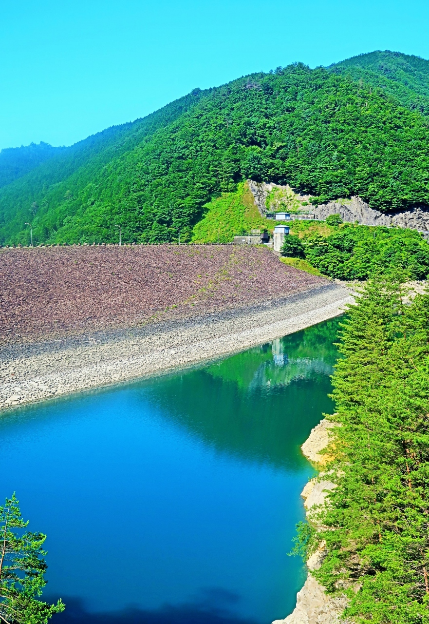 ぎふ-9 下呂 岩屋ダム・東仙峡金山湖 多目的に利用 ☆朝一番の見学で