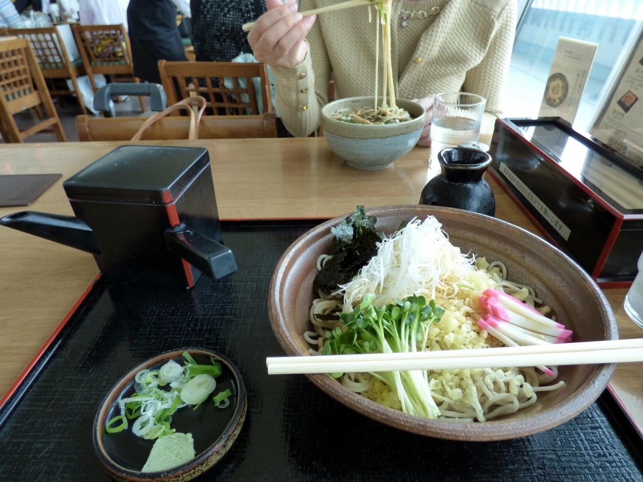 空港 レストラン 旭川