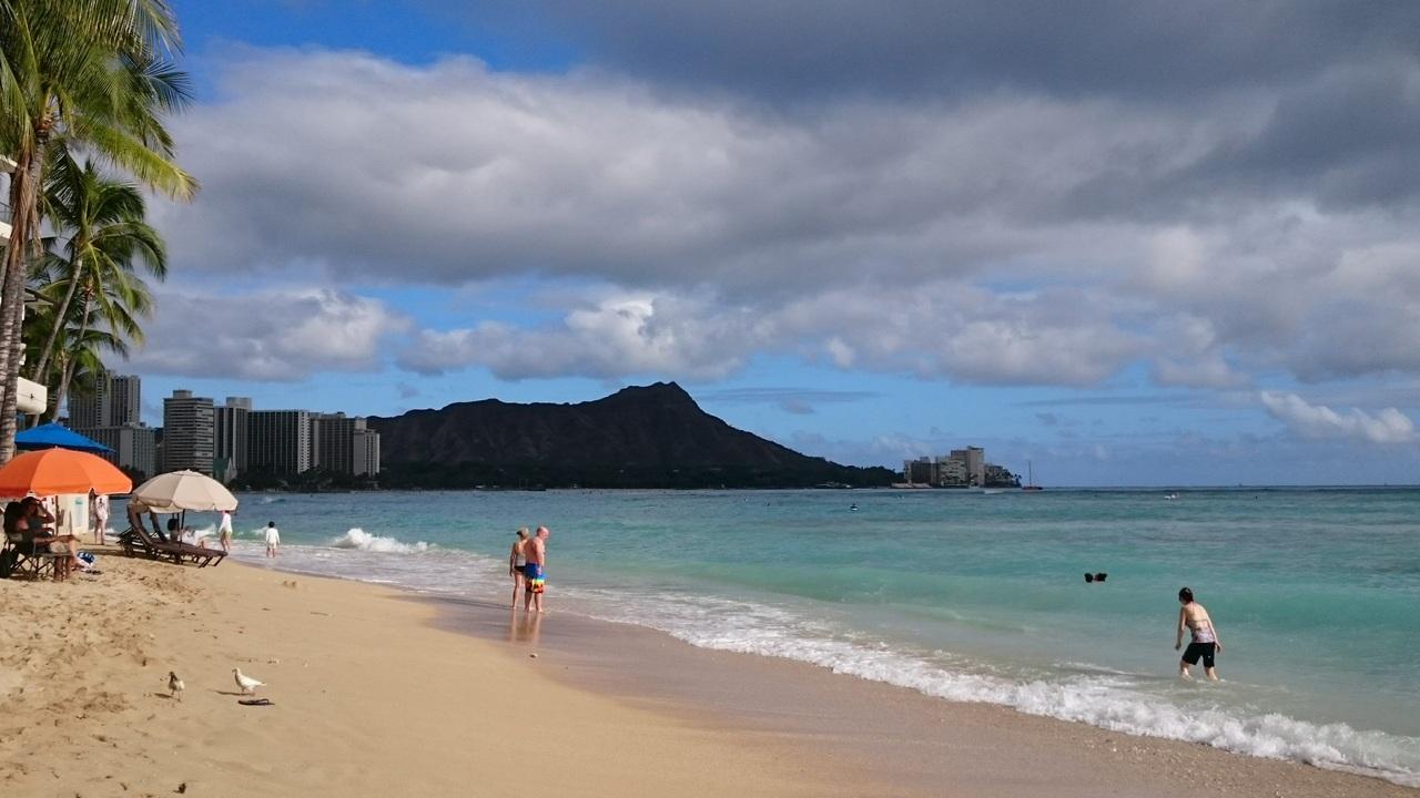 ハワイ家族旅行の費用と予算【個人手配で安くハワ …