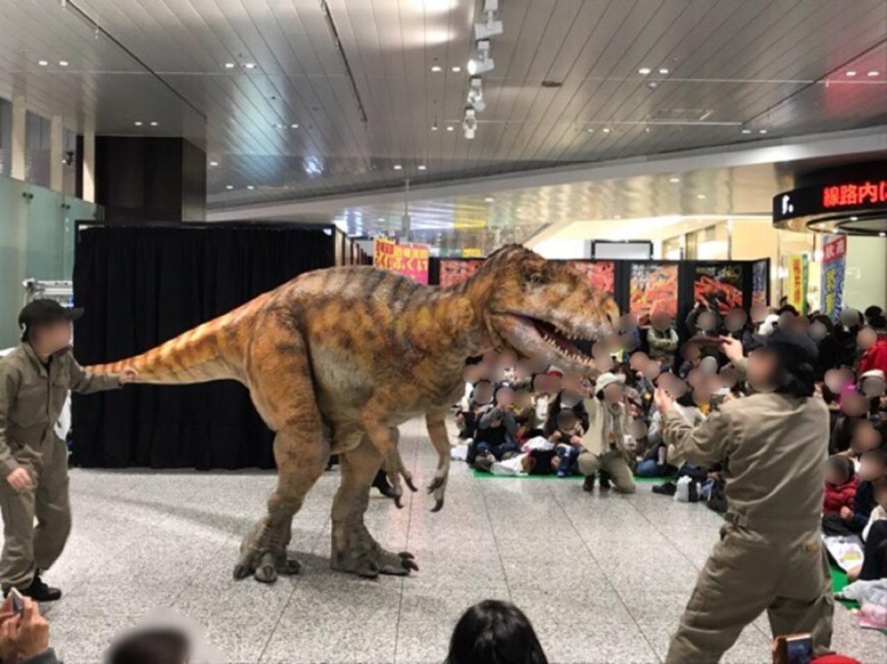 USJで恐竜に会おう!恐竜グリ&ショー「ダイナ …