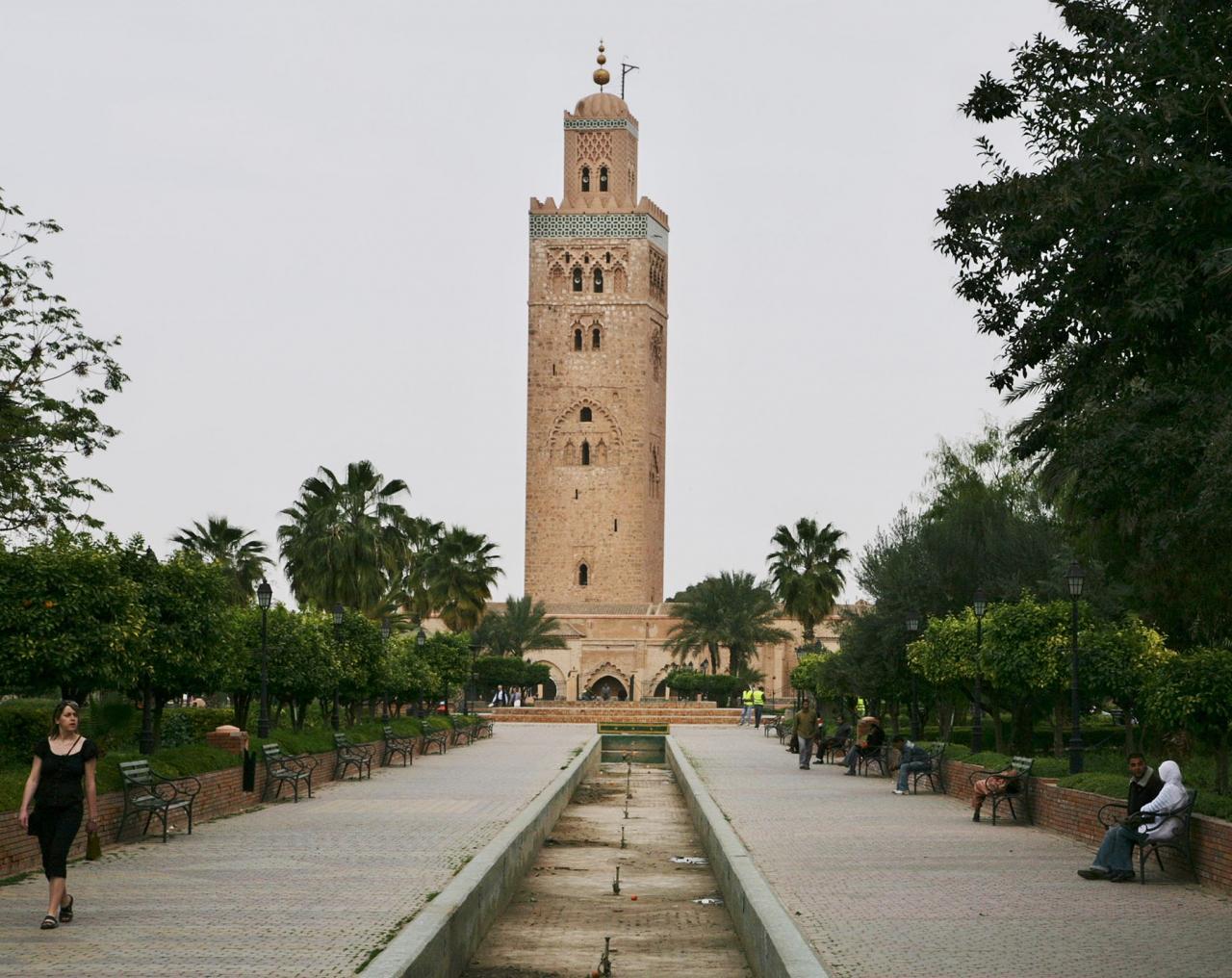 モロッコで歴史を感じる』マラケ...