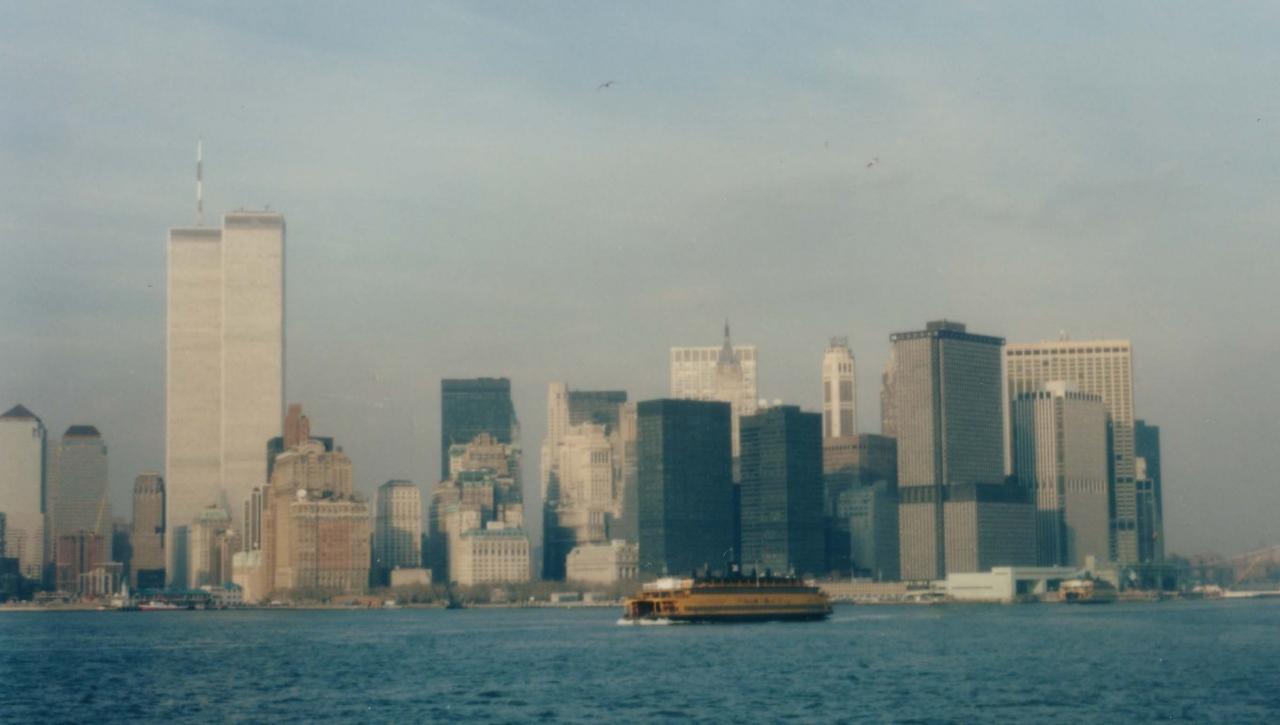 1986年3月のニューヨーク。World Trade Centerのtwin tower がありま ...