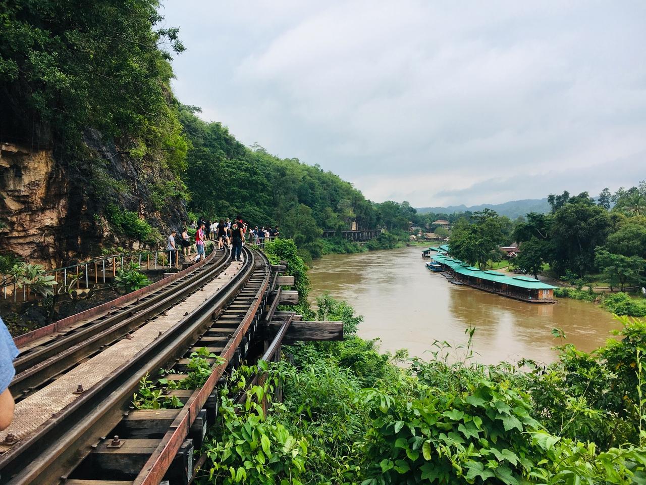 カンチャナブリ、カード支払いで逃げ切る』カンチャナブリ(タイ)の旅行 ...