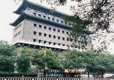 箭楼(北京・前門)<br /> 避暑山荘(承徳)へは北京から出発