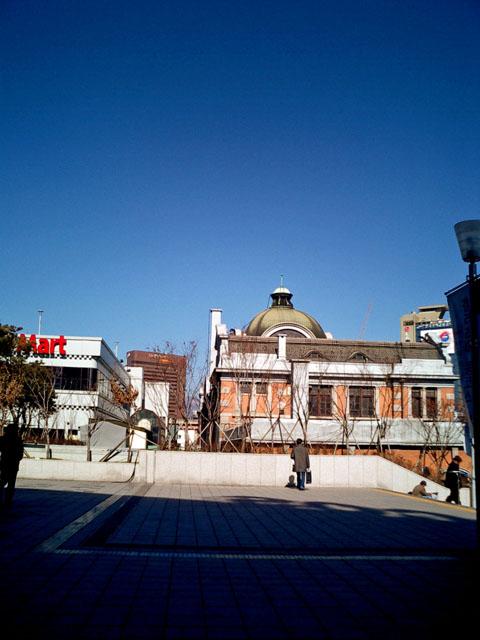 旧ソウル駅舎<br />昔はこの駅舎を使っていた。<br />いい建物だった。<br />