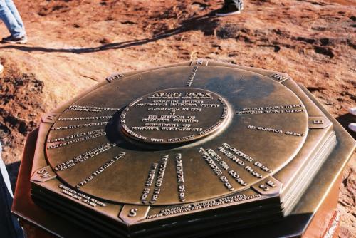 これが、頂上に登った証拠写真です。