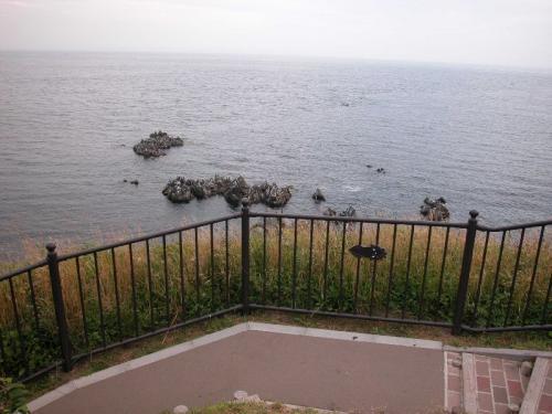 立待岬は、近くに墓地もあり、ご覧のようにちょっと寂しいところ。森昌子さんの歌で有名らしい。