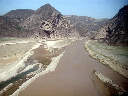 黄河とのアンサンブルを幾つかご覧下さい。