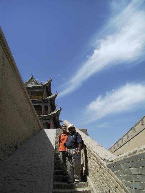 西端城廓を散歩する為に階段を上がる。<br />
