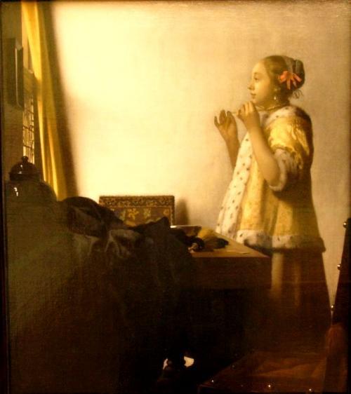 真珠の首飾りの女<br />1664年頃の作 51cm×45cm<br />(ベルリン国立絵画館/ドイツ)<br />ベルリンでかつて観たことがありましたが、これだけ並ぶと壮観でした。<br />
