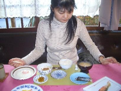 <喜連川>大正館>朝食><br />明けて11月13日(日)7時30分頃。<br />さくらの季節にまた来ます。<br />鮎とステーキ、お願いします。
