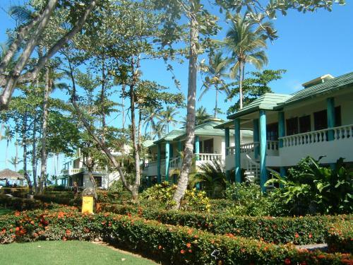 これはPLAYA BONITAで泊まったホテル。<br />PLAYA BONITAはLAS TERRENASから少し離れたところにあるビーチで、波が穏やかで隠れ家的リゾートとして人気がある。素敵なホテルがたくさんあるエリア。