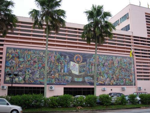 大蔵省の建物の壁画。