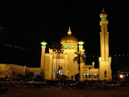 夜のオールドモスク。<br />ほんとに綺麗!
