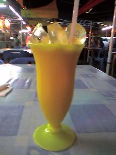 フレッシュ・オレンジジュース。<br />おいしかった♪